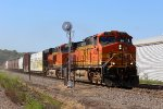 BNSF 4320 heads up the duty on the north town Memphis.
